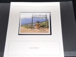 LESOTHO - Bloc Luxe Avec Texte Explicatif - Belle Qualité - À Voir -  N° 11663 - Lesotho (1966-...)
