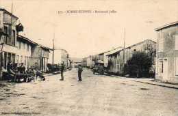 CPA - SOMME-SUIPPES (51) - Aspect Du Boulevard Joffre Dans Les Années 20 - France