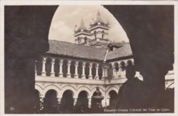 Ecuador Temp[lo Colonial del Teiar en Quito Photo