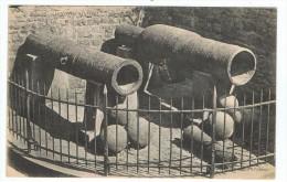 Anciens  Canons Au Mont St  Michel - Matériel