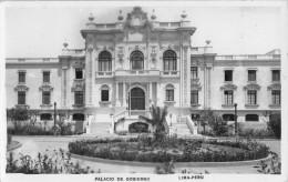 "05003 ""PERU' - LIMA - PALACIO DE GOBIERNO"" CART. POST. ORIG. NON SPEDITA - Perù"