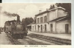 D33 - LESPARRE - La Gare  - (Le Train) - Lesparre Medoc