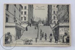 Old France Postcard - Lyon, Montée De L'Amphitheatre - Animated - Lyon