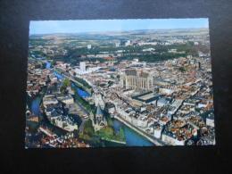 (57) CARTE POSTALE : METZ - La Moselle Et La Cathédrale - Metz