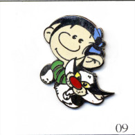 Pin´s BD / Cartoon - Gaston Lagaffe - Gaston Et Son Chat . Non Estampillé. EGF. T437-09A - Cómics
