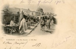 V1598 Cpa Kairouan - La Rue Saussier - Tunisie