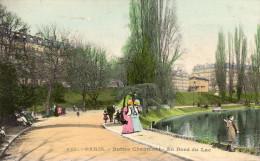 CPA PARIS - BUTTES-CHAUMONT - AU BORD DU LAC - Parcs, Jardins