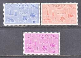 PAKISTAN  92-4   * - Pakistan