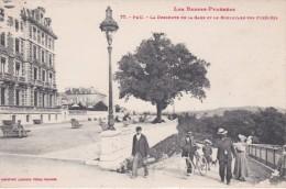PAU - La Descente De La Gare Et Le Boulevard Des Pyrénées - Animé - Pau