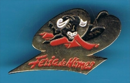 PIN´S //  ** FERIA DE NIMES ** 92 ** - Bullfight - Corrida