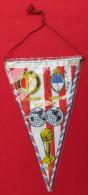 FOOTBALL / SOCCER / FUTBOL / CALCIO - 1970 Intercontinental Cup FEYENOORD Vs ESTUDIANTES, Vintage Pennant, Wimpel - Habillement, Souvenirs & Autres