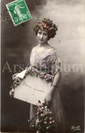Postcard / CP / Postkaart / Femme / Woman / Lady / Ed. Fauvette / No 1019 / 1912 - Femmes