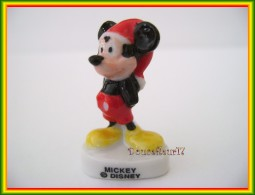 Vacance D'hiver Avec Mickey... Lot De 2 Feves ... Ref AFF : 17-2007 .. (pan 0019) - Disney