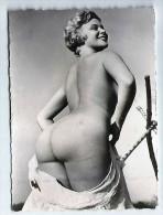 Véritable PHOTO FEMME NUE Années 50. Format 90 X 65 MM. N° 30 - Pin-ups
