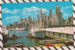6AI989 NEW YORK  LOWER MANHATTAN SKYLINE AND EAST RIVER AS SEEN FROM BROOKLYN   2 SCANS - Manhattan
