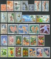 VEND BEAUX TIMBRES DE NOUVELLE - CALEDONIE N° 295 - 324 , NEUFS SANS CHARNIERE !!!! - Neukaledonien