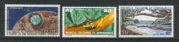 VEND BEAUX TIMBRES DE POSTE AERIENNE DE NOUVELLE - CALEDONIE N° 73 - 75 , NEUFS SANS CHARNIERE !!!! - Luftpost