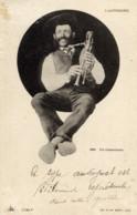 63 L´AUVERGNE  Un Cabrettaire Gros Plan Musicien - Non Classificati