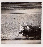 Photo Originale Voiture - Joli Cabriolet Découvrable Avec Son Conducteur Prit De Haut En Vue Plongeante - Tacot 1937 - Automobili