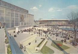 Belgica--Bruxelles--1958--Les Pavillons De L'U.R.S.S. Et Des U.S.A. - Exposiciones Universales