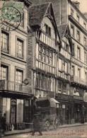 14 CAEN Les Maisons De Bois Rue St-Pierre - Caen