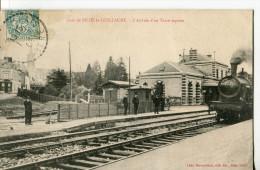 GARE DE SILLE-LE-GUILLAUME  -  L' ARRIVEE DU TRAIN EXPRESS - Sille Le Guillaume
