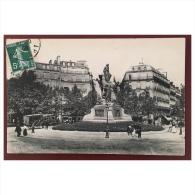 Paris  Passy  Monument élevé à La Mémoire De Victor Hugo - Statues
