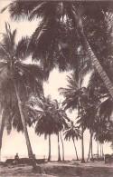 AFRIQUE NOIRE - GABON - PORT GENTIL : Sous Les Cocotiers - CPA - Black Africa Coconut Trees Kokospalmen Alberi Di Cocco - Gabon