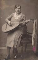 Carte Photo Originale Instrument De Musique - Joueuse De Mandoline Napolitaine - - Gegenstände