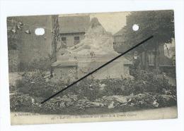 CPA Perforée  ,trouée  -  Bavay  - Le Monument Aux Morts De La Grande Guerre - Bavay