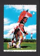 INDIENS AMÉRIQUE DU NORD - INDIEN EN COSTUME D'APPARÂT PRÊT À LA DANSE DE GUERRE - INDIAN FULL DRESS READY FOR WAR DANCE - Indiens De L'Amerique Du Nord