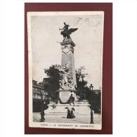 Paris  Le Monument De Gambetta - Statues