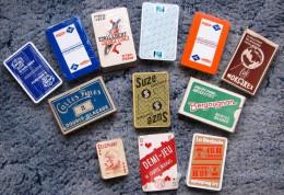 LOT DE 12 JEUX DE CARTES DIFFERENTS. - Playing Cards (classic)