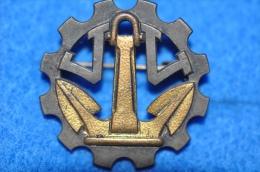 N° 37 - Insigne INDOCHINE - Navire Atelier JULES VERNE - Marine
