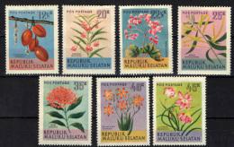 MALUKU SELATAN - FIORI - FLOWERS - NUOVI MH - Etichette Di Fantasia