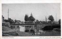 SOERABAJA (Indonesien) - Bibisbrug, Festzug überquert Brücke, 1910?, Edit: H.Van Ingen, Soerabaja - Indonesien