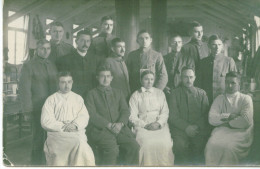 WW1 MILITARY GERMAN HOSPITAL WOUNDED OFFICERS,SOLDIERS,DOCTOR,NURSE REAL VINTAGE POSTCARD - Red Cross