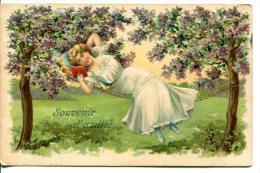 CP Gaufrée - Femme Lisant Dans Un Hamac Tendu Entre Deux Arbres En Fleur - Femmes