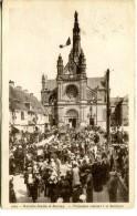 SAINTE-ANNE-D'AURAY (56) -  Procession Rentrant à La Basilique - Sainte Anne D'Auray