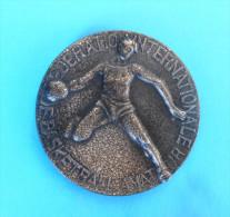FIBA SELECTION EUROPE : SPLIIT - 1977. Basketball Match ** PARTICIPANT MEDAL ** Basket-ball Medaille Medaglia Medalla - Apparel, Souvenirs & Other