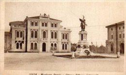 MOGLIANO  VENETO - Piazza Vittorio Emanuele - - Treviso