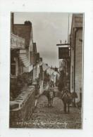 G-I-E , Cp, Angleterre , CLOVELLY  , ANIMAUX , ÂNE , Down Along High Street  , Ed : Sweetman & Co , Vierge - Clovelly