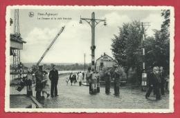 Heer-Agimont - La Douane Et Le Café Français - Contrôle Des Passants, Par Les Douaniers Belges ( Voir Verso )