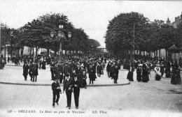 V1829 Cpa 45 Orléans - Le Mail Un Jour De Musique - Orleans