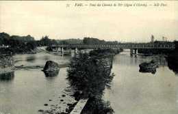 CPA - Pau (64) - Pont Ferroviaire Sur Le Gave - Ouvrages D'Art