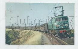 Villeneuve-Saint-Georges (94): La Locomotive 2D2.9100 Remorquant Un Train 20 En 1960 PF. - Villeneuve Saint Georges