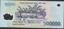 VIETNAM P124h  500.000 DONG 2010    XF-AU - Vietnam