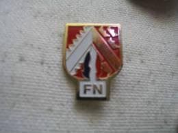 Pin´s Du Front National FN (Grand Modele) - Vereinswesen