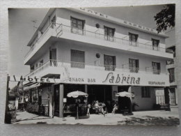 CP 06 JUAN LES PINS  - Hôtel Sabrina - Pont DULYS  à 30 Mètres De La Plage  - Restaurant Bar - Autres Communes
