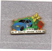 Pin´s  Sport  Rallye, Automobile  Renault  Clio  BLEU, 05-04-92, 35 è Rallye Grasse Alpin 92 Verso G.J.P.C.R.T - Renault